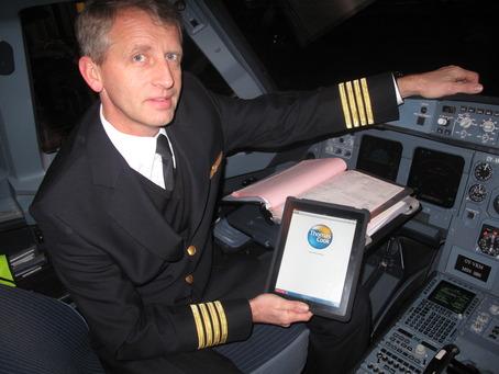iPaden inntar cockpit
